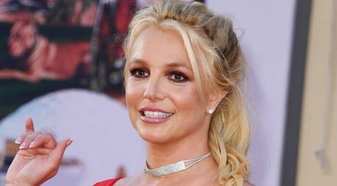 Britney Spears Asks Court to Remove Father's Control on Her Life
