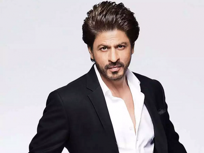 Shah Rukh Khan's Witty Replies to Fans on Twitter Leaves Floor Laughing